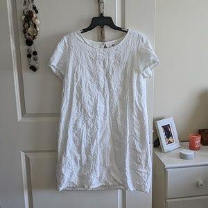 White pattern lined sheath dress